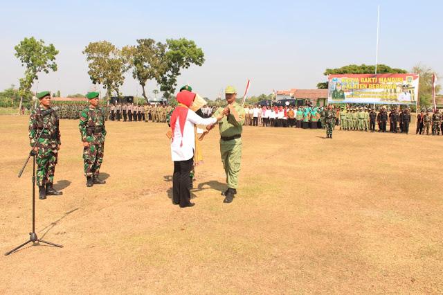 Kolaborasi TNI Dengan Pemkab Klaten Pada Karya Bakti Mandiri  Klaten Bersinar