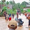 Paksa Terobos Banjir, Ratusan Motor Mogok