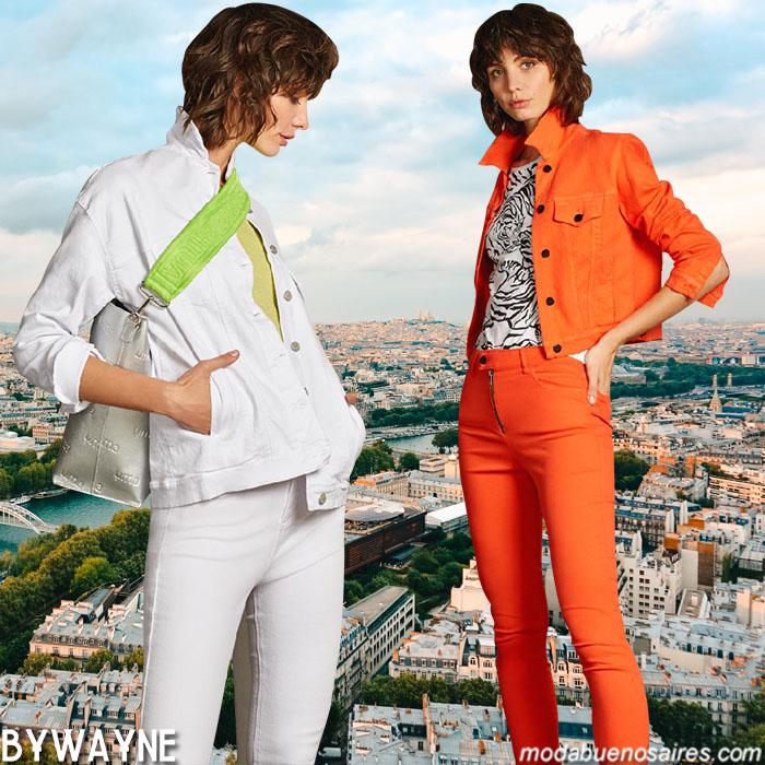 Camperas primavera verano 2020 de colores. Ropa de moda primavera verano 2020. Moda 2020.