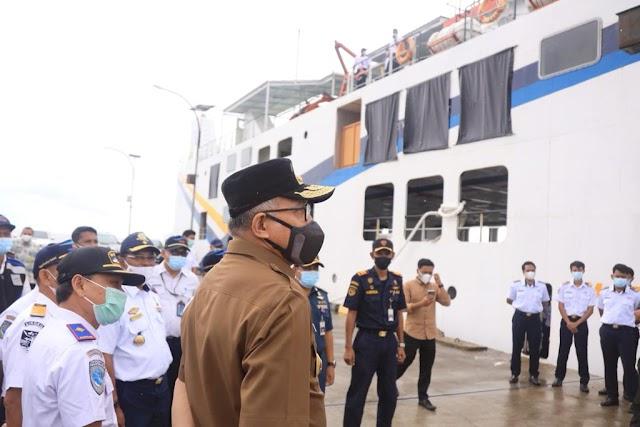 Kunjungi Singkil,  Gubernur Aceh Tinjau Kapal Aceh Hebat 3