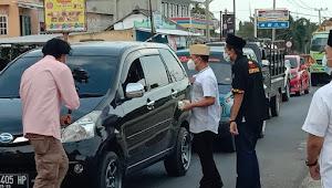 Makna Bulan Suci Ramadhan Kadis Kominfo Berbagi Takjil di Dampingi PD IWO Tuba