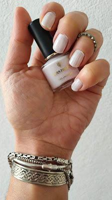 Tanda de manicuras pastel 03