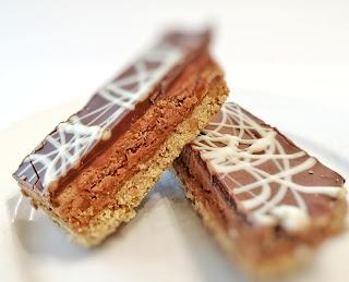 The Pod Biscoff Millionaires Dessert