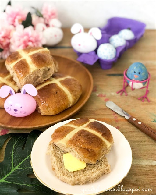 No-knead hot cross buns recipe using all-purpose flour