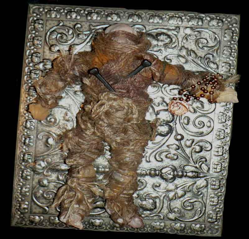 Boneka Misteri Penuh Kutukan, Konon Boneka Boneka ini Terkutuk, Penuh Misteri