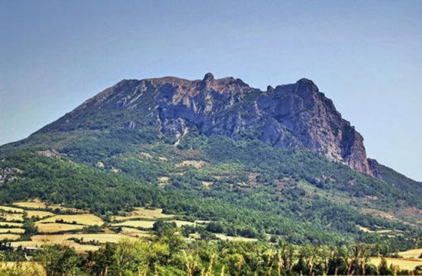 http://mdl.bg/image-7417-0-0-bugarash-bulgarskata-planina-vuv-frantsiya.jpg