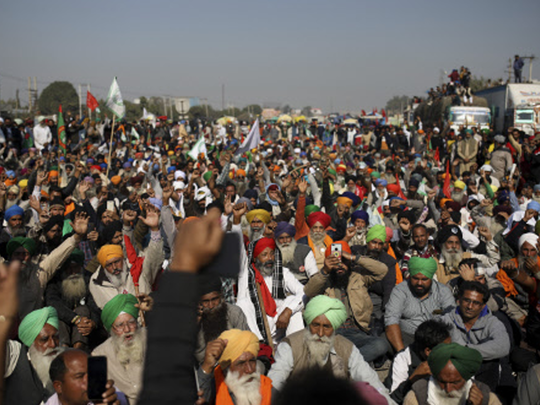 Farmers Protest: केंद्रीय गृहमंत्री Amit Shah का आश्वासन नहीं आया काम, दिल्ली बॉर्डर पर जमे हैं किसान