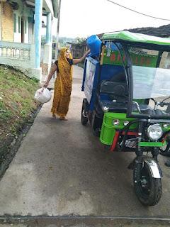 गांवों में भी घर-घर पहुंच रही कचरा गाडियां