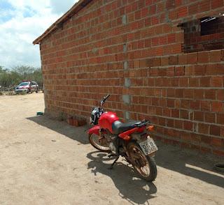 Policia recupera em Cubati, moto furtada na noite anterior no município de Remigio