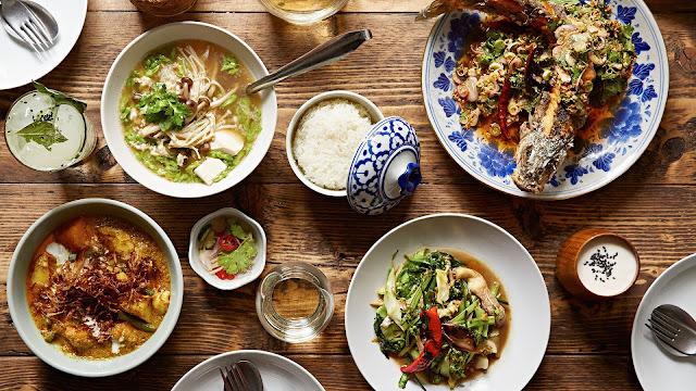 Khi cuốn sách Michelin Guide được ra mắt tại Thái Lan, nó đã tạo ra một làn sóng ẩm thực tại đây, tuy làn sóng này chưa lan tới Chiang Mai nhưng nơi đây sự đa dạng và sáng tạo luôn hiện hữu. Bên cạnh những món ăn truyền thống thì còn rất nhiều món ăn mới pha trộn giữa ẩm thực địa phương với ẩm thực nước ngoài. Bạn có thể tìm thấy điều này không chỉ tại các nhà hàng sang trọng mà cả từ những quán ăn đường phố.