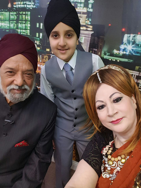 Deedar Singh Pardesi Punjabi Folk Singer With His Grandson & Daughter  HD Wallpaper Photo Images
