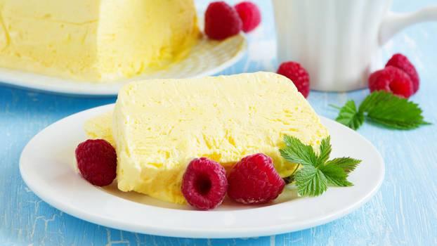 semifreddo-desert-limun-recepti-maline-osvježenje