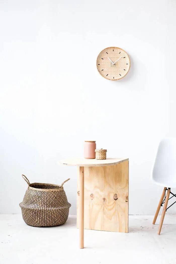 Mesa auxiliar DIY de inspiración escandinava