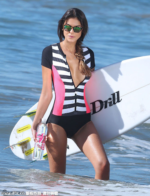 Brazilian Supermodel Turned Surf Girl Making A Large Seaside