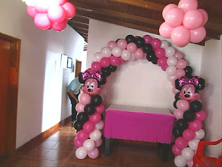 decoracion-arco-minnie-mouse-recreacionistas-medellin-3
