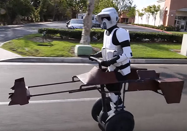 friki star wars speeder segway para stormtroopers urbanos absurdidades. Black Bedroom Furniture Sets. Home Design Ideas