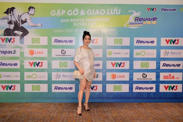 Hàng loạt sao đến tham dự sự kiện Revive Marathon Xuyên Việt 16