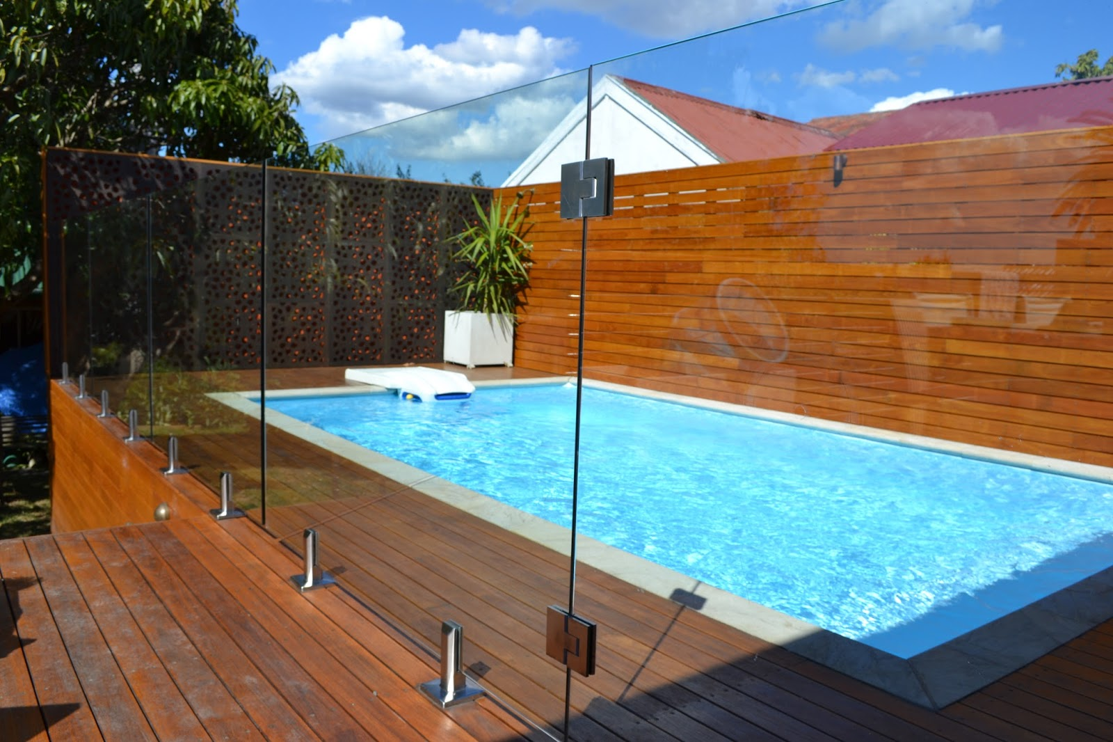 Glaspool Glass Pool Fences Custom Glass Shelf