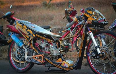 Modifikasi Motor Mio Sporty Menjadi Drag Style
