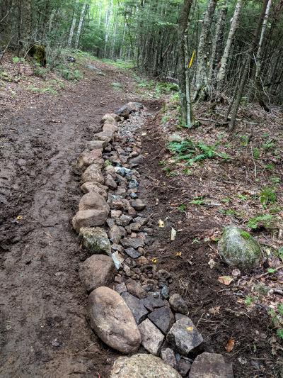 drainage stones in treadway