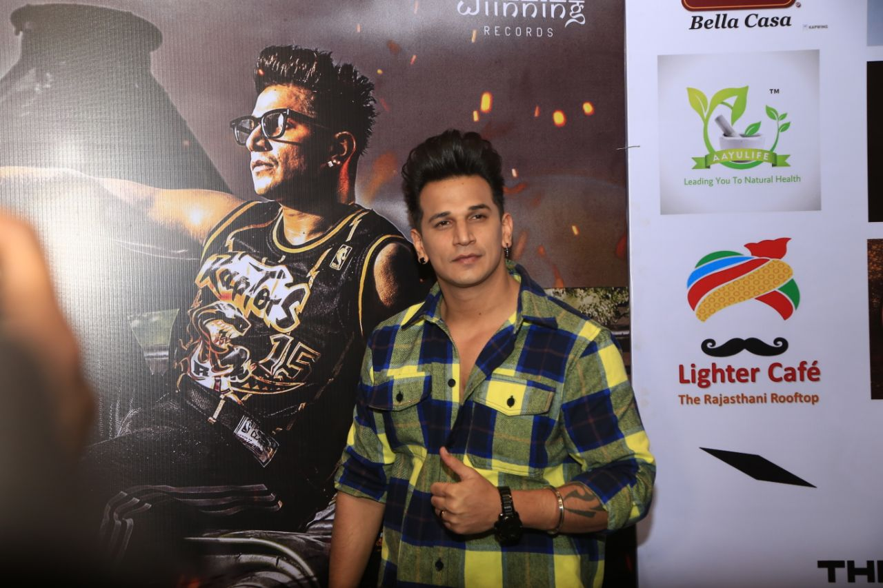 MTV-Roadies-and-Bigg-Boss-fame-Prince-Narula-gave-the-performance-at-the-musical-live-concert