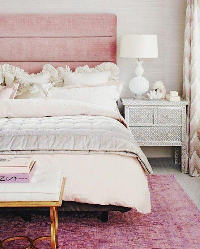 Headboard for women's decorated rooms