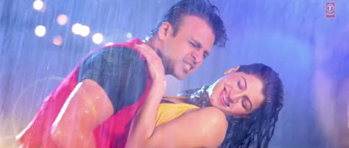 Tu Bhi Mood Mein - Grand Masti (2013) Full Music Video Song Free Download And Watch Online at worldfree4u.com
