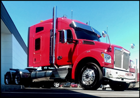 Kenworth T880S with 76-inch mid-roof sleeper