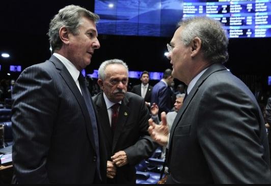 Senadores alagoanos votam pelo impeachment de Dilma