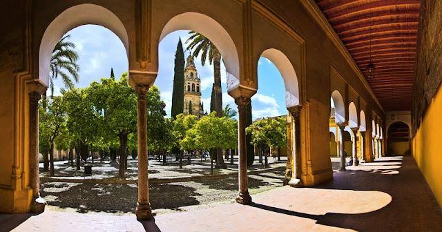 Pátio de los Naranjos na Mesquita de Córdoba