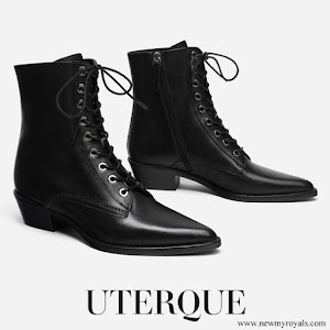 Queen Letizia wore Uterque Halloween Flat Lace-Up Ankle Boots