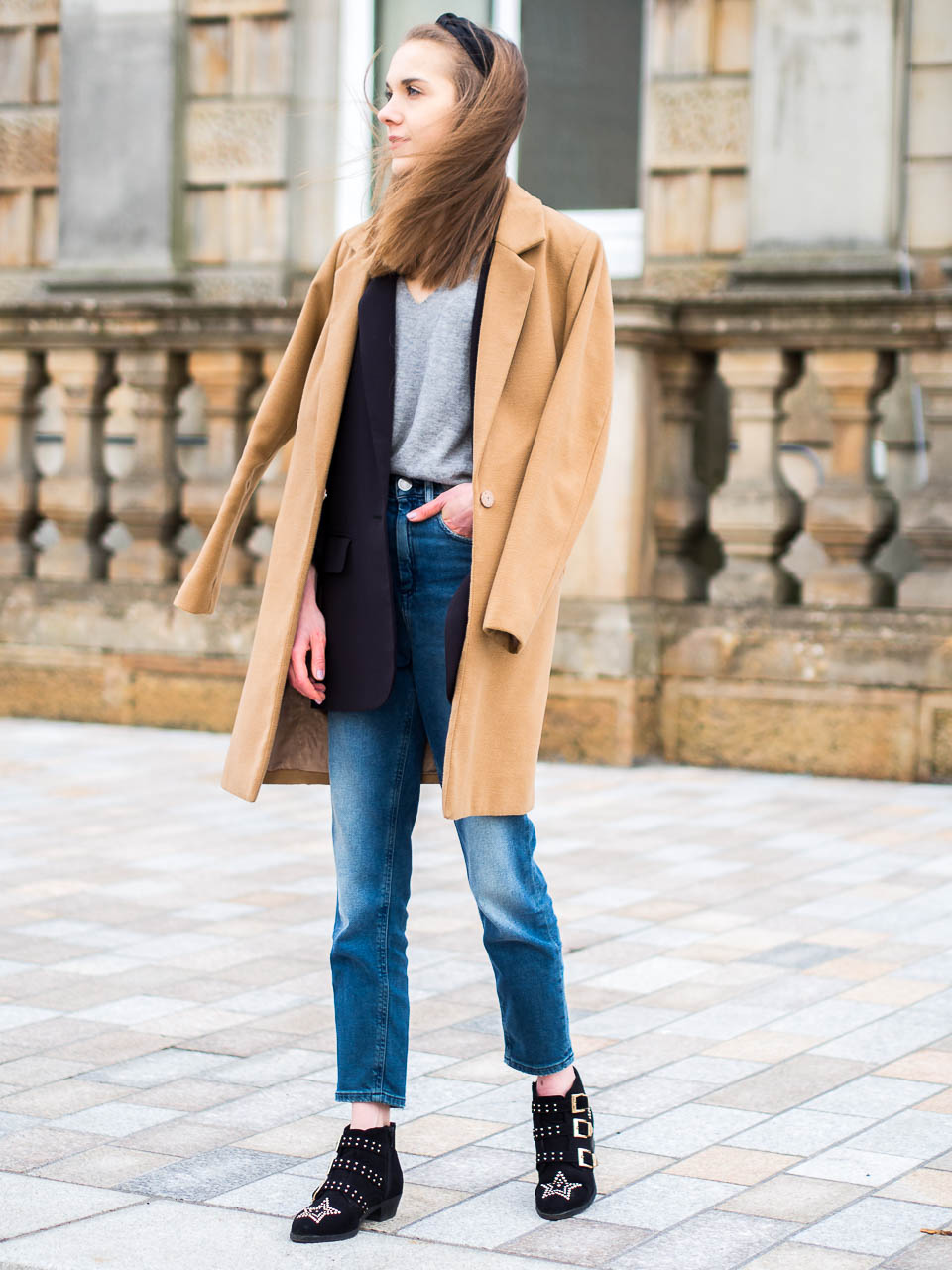 fashion-blogger-inspiration-camel-coat-headband
