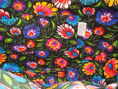 dalahast, dresowka.pl, folk, infinity scarf, Mandors, Minerva Crafts, pom poms, pom-pom trim, rainbow, ricrac, vegan bag, vegan leather, washpapa,