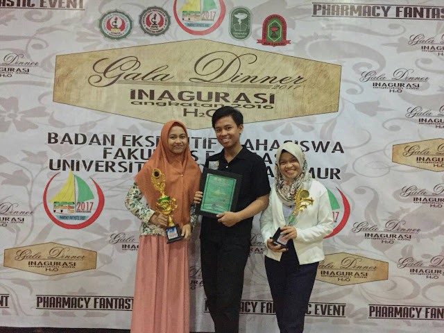 Tim Debat Farmasi Unhas Raih Juara 2 Debat Kefarmasian Pharmacy Fantastic Event 2017
