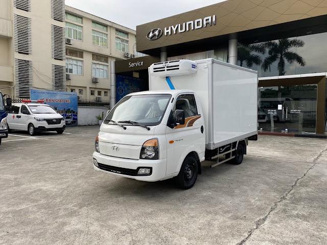 Xe Hyundai H150 thùng đông lạnh 1 tấn