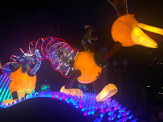 Slinky Dog Paint the Night Parade Disneyland