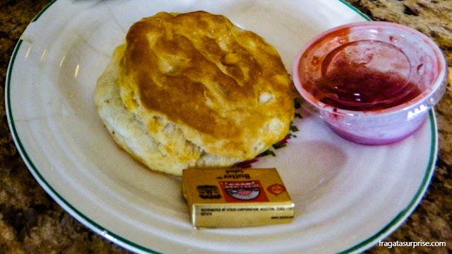 Southern biscuits, pãozinho típico do Sul dos Estados Unidos