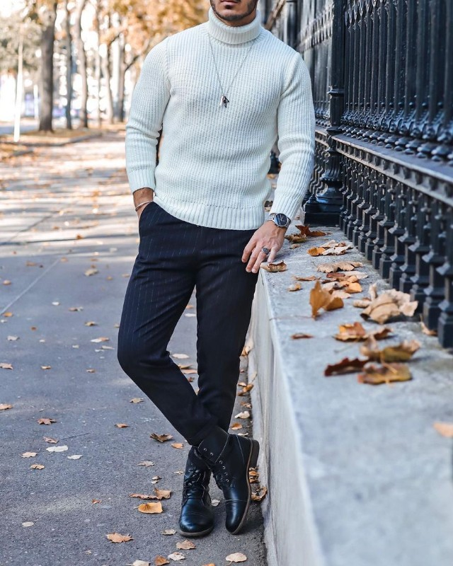 Men's Crew-neck/Cashmere woolen sweater, trousers and Chelsea boots outfit.