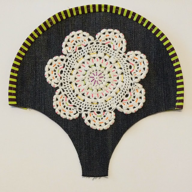 Doilies,Daisies & More! - Happy As A Clam