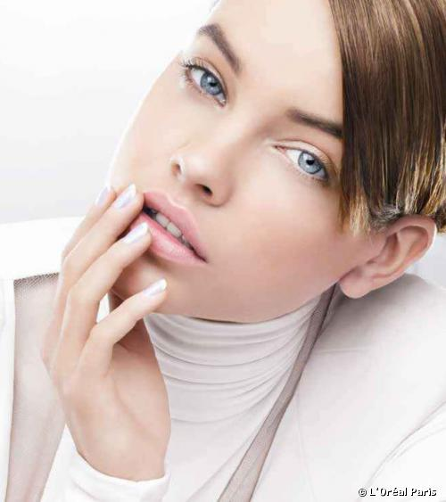 WHITE: WHY IT IS AN IT-COLOR FOR OUR NAILS?