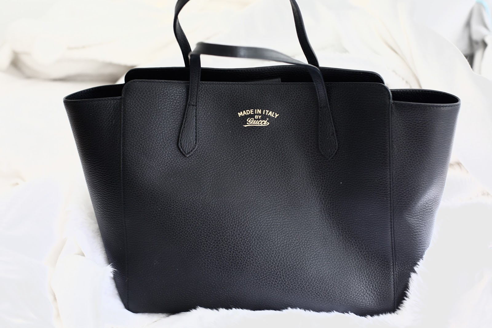 gucci swing bag