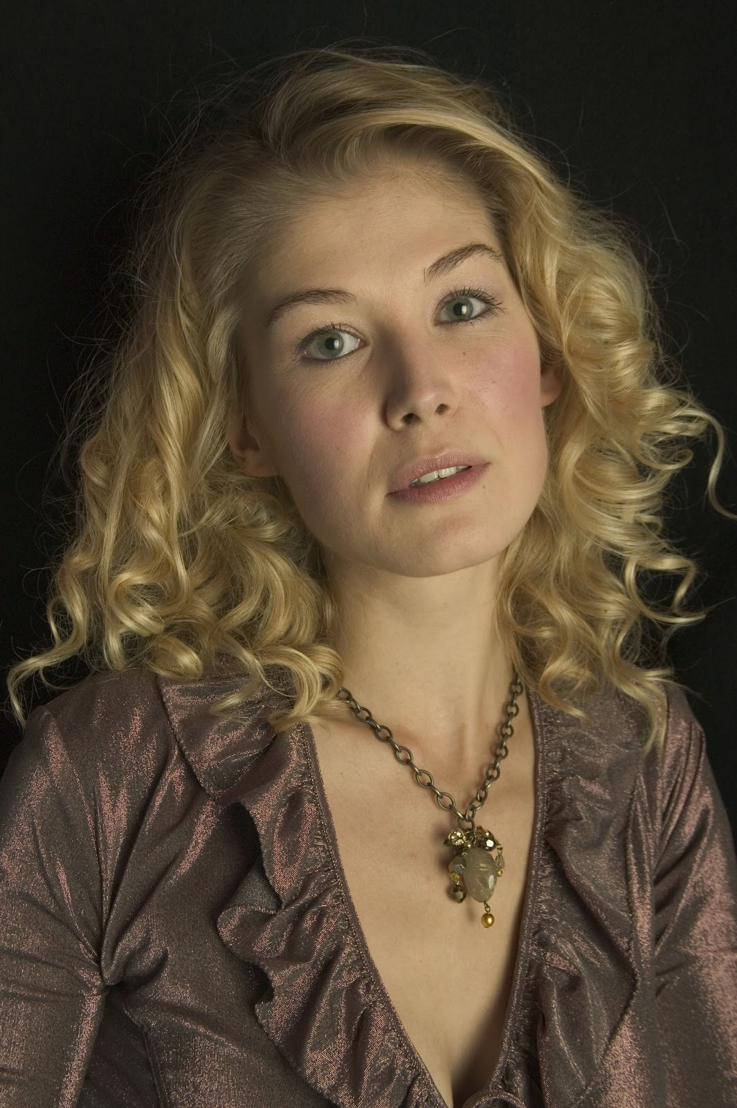 Alison lohman where the truth lies - 3 part 7
