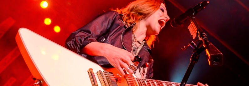 http://www.nationalrockreview.com/wp-content/gallery/halestorm-royal-oak-music-theatre/15.jpg