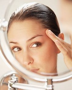 Obtaining A Chinese Acupressure Facelift With Face ...