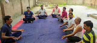 सात दिवसीय योग प्रशिक्षण शिविर का हुआ शुभारंभ  | #NayaSaberaNetwork
