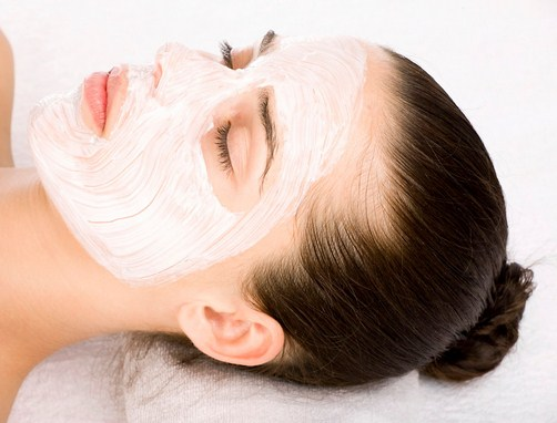 Cara Membuat Masker Wajah Dengan Ramuan Alami Tradisional