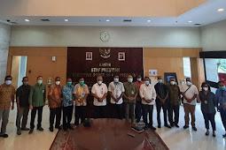 Herry Ario Naap dan Tim Unit Percepatan Pembangunan Biak Numfor Temui Staf Presiden dan Wapres