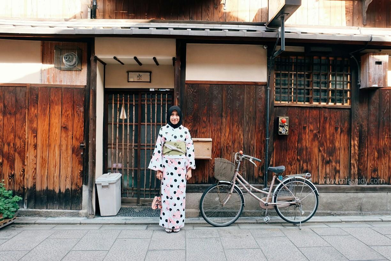 kimono with hijab