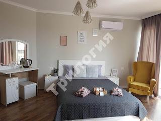 Спалня в апартамент в апартхотел Трилогия