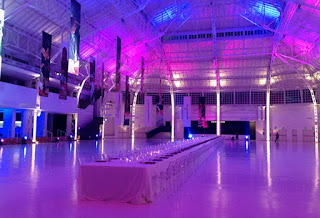The Palazzo del Ghiaccio now stages events such as banquets in a uniquely striking setting
